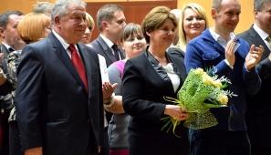 Na zdj. kandydat na prezydenta Suwałk - Tomasz Bilbin z żoną i synem.
