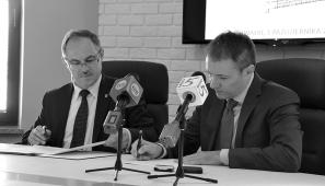 Na zdj. prezydent Suwałk Czesław Renkiewicz i prezes firmy Tamex Konrad Sobecki.