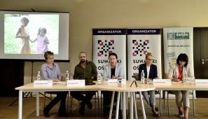 Od lewej: Justyna Rekść-Raubo, Piotr Malczewski, Bożena Kamińska, Ewa Sidorek, Alicja Andrulewicz.