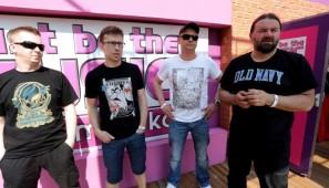 Na zdj. Jarek - wokal, , Artur - gitara, Marek - bębny, Paweł - bas.